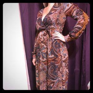 GORGEOUS NWOT boho paisley  long sleeve maxi dress